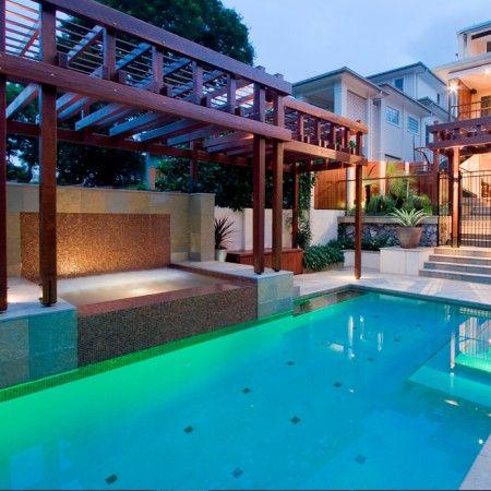 耶龙加泳池景观